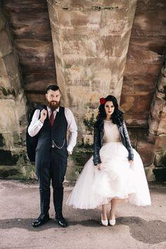 Ladies Wedding Photographer Attire : Vintage Pin Up & Burlesque Wedding · Rock n Roll Bride themes classic Rocker Wedding, 50s Wedding, Wedding Show, Dream Wedding, Rockabilly Wedding Dresses, Wedding Ideas, Wedding Vintage, Punk Wedding, Wedding Inspiration