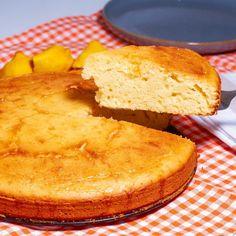 """Yemek.com on Instagram: """"Bu tarifin içi nemli ve ıslak kalıyor. Yumuşacık kıvamıyla her yiyenin tarifini sizden ısrarla isteyeceği bir tarife dönüşüyor. 🥰Labnenin…"""" Cornbread, Ethnic Recipes, Instagram, Food, Millet Bread, Essen, Meals, Yemek, Corn Bread"""