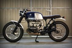 cream cafe racer