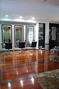 Cabeleireiro Guida - Solmar Avenida Center. O nosso cabeleireiro do centro de Ponta Delgada.