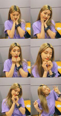 Girl Photo Poses, Girl Poses, Kpop Girl Groups, Kpop Girls, Cute Baby Girl, Cool Girl, Pretty Korean Girls, K Pop Music, Cute Icons