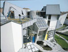 Ein sehr modernes #Metalldach in unregelmäßiger Form. Bildquelle: Rheinzink