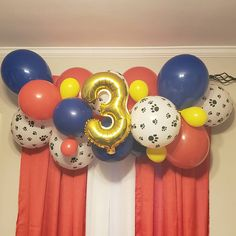 Paw Patrol Balloon Garland Kit or White Paw Patrol Party Decorations, Diy Birthday Decorations, Paw Patrol Balloons, Number Balloons Birthday, Paw Patrol Birthday Theme, Paw Patrol Cake, 3rd Birthday Parties, Balloon Garland, A Table