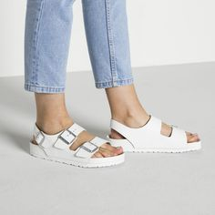 BIRKENSTOCK Milano Natural Leather White in all sizes ✓ Buy directly from the manufacturer online ✓ All fashion trends from Birkenstock Birkenstock Outfit, Birkenstock Milano, Beach Vacation Outfits, Flat Wedges, Shoes Sneakers, Shoes Heels, Dream Shoes, White Shop, Natural Leather