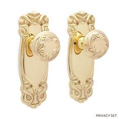 Bertrand Swirled Plate and Swirled Edge Round Knob Set - Privacy - Polished Brass