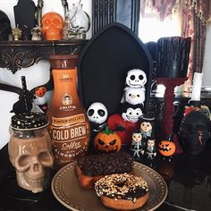 No shame in my breakfast game because vegan donuts and iced PSL's exist 🍩🙌🎃 5 more days til October