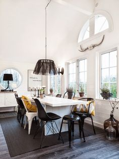 Made In Persbo: Villa & Volvo i Ulricehamn