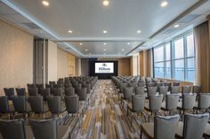 Meeting space with views! Sapphire 400