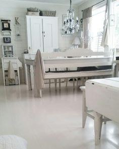 Kitchen Dinning, Dining Bench, Dining Room, Rustic Interiors, White Interiors, Swedish Decor, Minimalist Lifestyle, Interior And Exterior, Shabby Chic