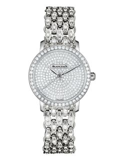 Montre haute joaillerie Blancpain http://www.vogue.fr/joaillerie/shopping/diaporama/montres-haute-joaillerie-diamants-full-pavees/16442/image/884395#!montre-haute-joaillerie-blancpain