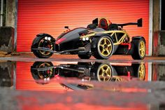 The Ariel Atom 500 is Beautifully Engineered 900 Horsepower Per Tonne The Ariel Atom is a high performance sports car made by the Ariel Motor Company based in Somerset, England and under licence in. Ariel Atom 3, Dream Car Garage, Bugatti Veyron, Hot Cars, Custom Cars, Concept Cars, Cars And Motorcycles, Dream Cars, Super Cars