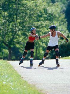 <p/><p><h2>20 schöne Date-Ideen, die nichts kosten</h2></p><p/><p><b>Inline-Skates fahren: </b>Keine Lust auf eine Fahrrad-Tour? Wie wäre es mit Inline-Skates? Machen Sie eine gemeinsame Tour auf acht Rollen und suchen Sie dabei gezielt nach Herausforderu