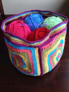 Crochet between worlds: FREE PATTERN: Saggy Daggy Crochet Baggy
