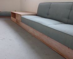 Cardboard Furniture, Diy Furniture, Furniture Design, Built In Sofa, Built In Seating, Small House Interior Design, Home Office Design, Kitchen Seating Area, Ikea Cubbies