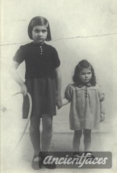 Henrietta Kagan Birth year : 1940  Gender : female Toddler child  Nationality : Jewish  Background : Jewish ( Sandy colored )  Residence : Paris, France  Death : August 28, 1942  Cause : Murdered in Auschwitz ( buried in Auschwitz death camp )  Age : 2 years