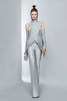 Gareth Pugh ~ Spring 2011 Runway - Ready-To-Wear Collection