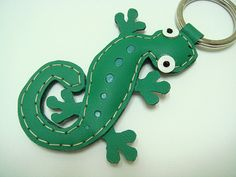 Joshua the Gecko leather keychain  Green  by leatherprince on Etsy, $22.90