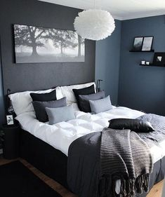 47 Brilliant Scandinavian Bedroom Design Ideas Schlafzimmer Raumtrenner More from my site SOUTH BY SEA Stylish Bedroom, Gray Bedroom, Home Decor Bedroom, Modern Bedroom, Master Bedroom, Bedroom Ideas, Bedroom Designs, Contemporary Bedroom, Fancy Bedroom