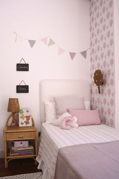 Chevet CAMILLE | bed decor | Pinterest | Chevet, Camille et Maison ...