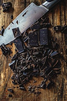 I eat a lot of dark chocolate. Happy someone created it - Sam T Chocolate Dreams, Death By Chocolate, I Love Chocolate, Chocolate Brownies, Chocolate Lovers, Chocolate Cookies, Chocolate Recipes, Chocolate Shop, Decadent Chocolate