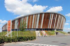 In Omnisport Apeldoorn vinden de meest uiteenlopende events plaats, van NK, EK en WK Baanwielrennen tot de AFAS Tennis Classics en concerten. In Omnisport wordt er voor elke sportliefhebber wel een aantrekkelijk evenement georganiseerd.