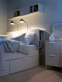 30 Game-Changing Storage Solutions For Tiny Bedrooms