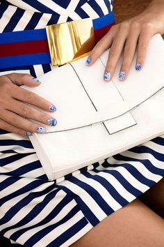 'Splash' your way to nautical nails for what we think will be one of the season's most covetable nail looks. #oriflame #nails