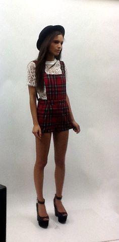 Tartan! #pinafore #tartan #fashion