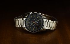 For a change, I photographed this weekend my colleague's Omega Speedmaster watch.