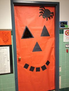 Halloween door decoration - pumpkin