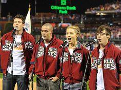 'WORLD'-CLASS SINGERS photo | Cory Monteith, Dianna Agron, Mark Salling