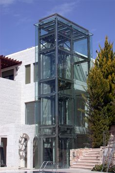 FINAL (CHAPTER This is an example of an external residential elevator. Retail Architecture, Architecture Photo, Sea Can Homes, Glass Lift, Solid Geometry, Elevator Design, Glass Elevator, Elevation Drawing, Steel Stairs