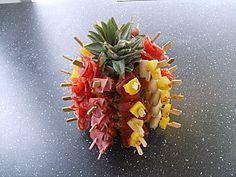 Mini-brochettes sur ananas