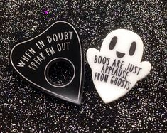 Ghost pin measures about 2 inches tall inches wide Planchette pin measures about 2 inches tall and wide Made from laser cut acrylic Cute Patches, Pin And Patches, Halloween Signs, Halloween Crafts, Sharon Needles, Goth Home Decor, Kawaii Jewelry, Laser Cut Acrylic, Cool Pins