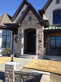 black trim with stucco | Apache Kansas Blend House
