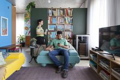 Open house -Paola Lopes e Glauco Diogenes. Veja: http://www.casadevalentina.com.br/blog/detalhes/open-house-+-brastemp-60-anos--glauco-e-paola-3022 #decor #decoracao #interior #design #casa #home #house #idea #ideia #detalhes #details #openhouse #style #estilo #casadevalentina #livingroom #saladeestar