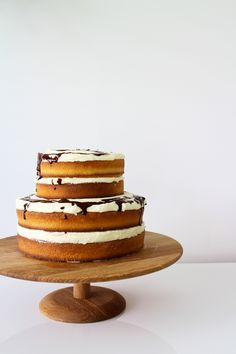 exposed orange and chocOlate layer cake