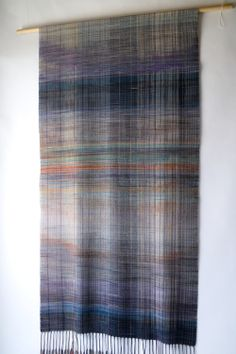 Extra fine merino wool yarn Plain weave