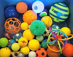 Zintuigentafel: Ballen Kls de ballen laten sorteren, de ballen die wel en niet kunnen springen