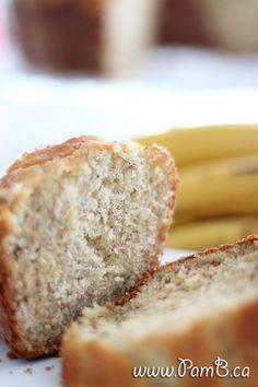 Bolo Fofo de Banana com Iogurte Grego