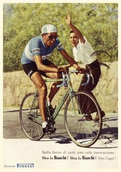 Fausto Coppi, le grand champion italien sous les couleurs turquoise de Bianchi....