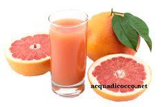 pompelmo rosa e acqua di cocco
