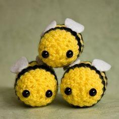 Kawaii Bumblebees