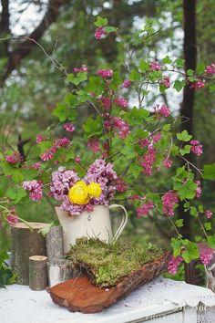 Planning: Smart Events - Photo: Karen McNeil Photography - Floral: Platinum Floral Designs - Decor: Charming Decor Event Design - Stationary: The Paper Suite