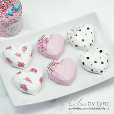 Chocolate Covered Treats, Chocolate Bomb, Chocolate Hearts, Chocolate Gifts, Chocolate Molds, Chocolate Cake, Cake Pop Decorating, Cake Decorating Videos, Cake Decorating Techniques