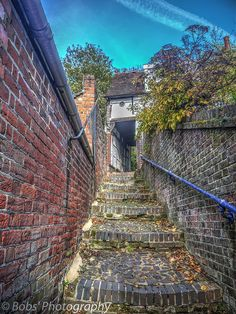 The Donkey Steps AKA Crown Steps Reigate Kinds Of Story, The Donkey, On The High Street, Town Hall, Abandoned Houses, Surrey, Old Town, Railroad Tracks, Gate