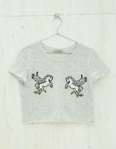 T-shirt patchs Unicorns/Bananas/Rainbows - Tee-Shirts - Bershka Maroc Unicorn Fashion, Kawaii Clothes, Graphic Shirts, Visual Kei, My T Shirt, Cute Shirts, Look Fashion, Grunge, Cool Outfits