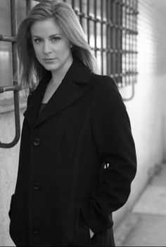 #Diane Neal is just me or is she much better on #NCIS than she ever was on Law and Order? Now only if her and #Gibbs would hook up.