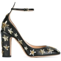 Valentino 'Star Studded' pumps (5.135 RON) ❤ liked on Polyvore featuring shoes, pumps, black, high heeled footwear, leather shoes, black leather pumps, black high heel shoes and valentino pumps