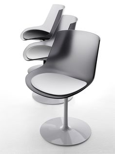Flow Chair fumé de MDF Italia. Muebles de diseño.